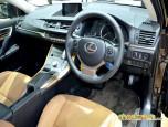 Lexus CT200h Luxury (Fabric) เลกซัส ซีที200เอช ปี 2014 ภาพที่ 13/18