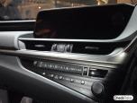 Lexus ES 300h Premium MY2018 เลกซัส ปี 2018 ภาพที่ 16/17