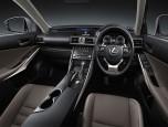 Lexus IS 300h Premium เลกซัส ไอเอส ปี 2017 ภาพที่ 09/16