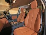 BMW Series 3 330e (Iconic) บีเอ็มดับเบิลยู ซีรีส์3 ปี 2018 ภาพที่ 6/8