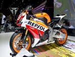 Honda CBR 1000RR Repsol ฮอนด้า ซีบีอาร์ ปี 2014 ภาพที่ 06/10