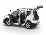 Nissan Livina 1.6 V CVT นิสสัน ลิวิน่า ปี 2014 ภาพที่ 04/20