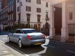 Jaguar XJ 2.0 Premium Luxury จากัวร์ เอ็กซ์เจ ปี 2013 ภาพที่ 02/16