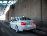 BMW Series 3 330e M Sport บีเอ็มดับเบิลยู ซีรีส์3 ปี 2016 ภาพที่ 02/20
