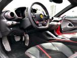 Ferrari 812 Superfast V12 เฟอร์รารี่ ปี 2017 ภาพที่ 13/19