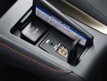 Lexus CT200h Luxury Leather MY17 เลกซัส ซีที200เอช ปี 2017 ภาพที่ 19/20