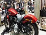 Harley-Davidson Softail Street Bob ฮาร์ลีย์-เดวิดสัน ซอฟเทล ปี 2017 ภาพที่ 4/5