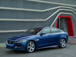 Jaguar XE 2.0 GTDI R-Sport จากัวร์ เอ็กซ์อี ปี 2015 ภาพที่ 1/9
