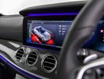 Mercedes-benz E-Class E 350 e AMG Dํynamic เมอร์เซเดส-เบนซ์ อี-คลาส ปี 2017 ภาพที่ 10/12