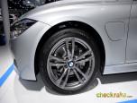 BMW Series 3 330e M Sport บีเอ็มดับเบิลยู ซีรีส์3 ปี 2016 ภาพที่ 12/20