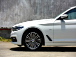 BMW Series 5 520d Sport บีเอ็มดับเบิลยู ซีรีส์5 ปี 2017 ภาพที่ 10/12