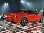 Volvo S60 T8 Twin Engine AWD R-DESIGN วอลโว่ เอส60 ปี 2020 ภาพที่ 04/20