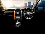 Toyota Fortuner 2.4V 4WD MY 2017 โตโยต้า ฟอร์จูนเนอร์ ปี 2017 ภาพที่ 2/8