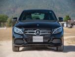 Mercedes-benz C-Class C 350 e AMG Dynamic เมอร์เซเดส-เบนซ์ ซี-คลาส ปี 2016 ภาพที่ 02/13