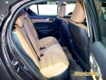 Lexus CT200h Luxury (Fabric) เลกซัส ซีที200เอช ปี 2014 ภาพที่ 16/18