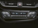 Toyota C-HR HV Mid โตโยต้า ซี-เอชอาร์ ปี 2019 ภาพที่ 16/20
