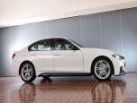 BMW Series 3 320d M Performance บีเอ็มดับเบิลยู ซีรีส์3 ปี 2017 ภาพที่ 02/14