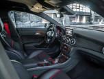 Mercedes-benz AMG CLA 45 AMG 4Matic เมอร์เซเดส-เบนซ์ เอเอ็มจี ปี 2014 ภาพที่ 05/18