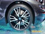 BMW i8 with Pure Impulse บีเอ็มดับเบิลยู ไอแปด ปี 2014 ภาพที่ 12/15