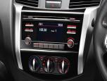 Nissan Navara NP300 Double Cab Calibra E 6 MT Black Edition นิสสัน นาวาร่า ปี 2019 ภาพที่ 14/16