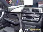 BMW Series 3 330e M Sport บีเอ็มดับเบิลยู ซีรีส์3 ปี 2016 ภาพที่ 16/20