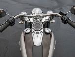 Harley-Davidson Softail Deluxe ฮาร์ลีย์-เดวิดสัน ซอฟเทล ปี 2017 ภาพที่ 03/10