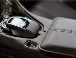 Aston Martin DB11 Coupe แอสตัน มาร์ติน ดีบี11 ปี 2016 ภาพที่ 07/12