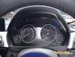 BMW Series 3 330e M Sport บีเอ็มดับเบิลยู ซีรีส์3 ปี 2016 ภาพที่ 17/20