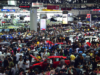 ตรวจโปรโมชั่นเด็ด ค่ายรถชั้นนำ ในงาน Motor Expo 2016