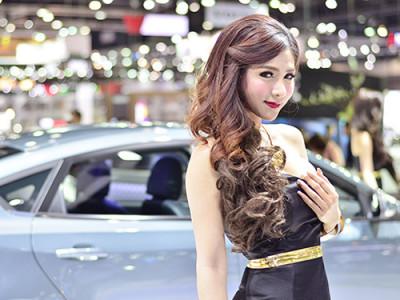 พริตตี้ MOTOR EXPO 2015 โชว์ความสวย เซ็กซี่ น่าหลงใหลกว่าที่เคย