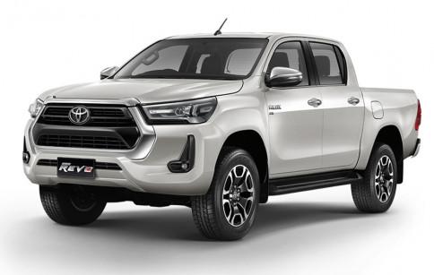 โตโยต้า Toyota Revo Double Cab Prerunner 2x4 2.4 Mid ปี 2020