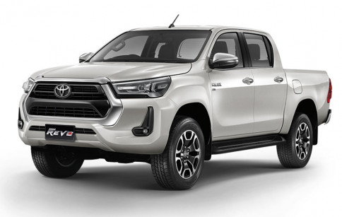 โตโยต้า Toyota Revo Double Cab Prerunner 2x4 2.4 Entry AT ปี 2020
