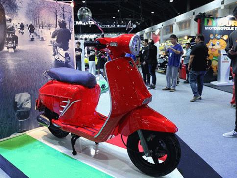 โมโต พาริลล่า Moto Parilla Levriero 150 ปี 2017