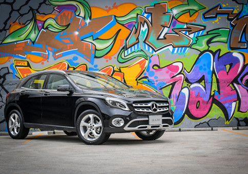 เมอร์เซเดส-เบนซ์ Mercedes-benz-GLA-Class GLA 200 Urban MY 2017-ปี 2017