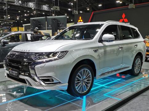 มิตซูบิชิ Mitsubishi Outlander PHEV GT-Premium ปี 2020