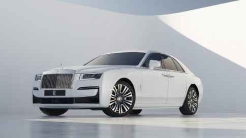 โรลส์-รอยซ์ Rolls-Royce Ghost new Ghost ปี 2020