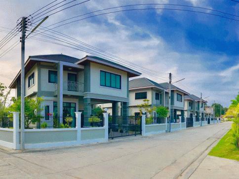 บ้านเพ แลนด์ แอนด์ เฮ้าส์ (Ban Phe Land and Houses)
