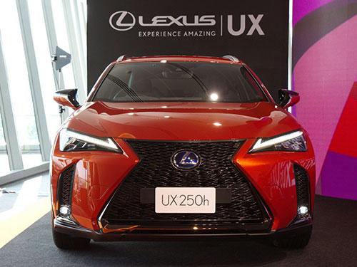 เปิดตัวรถยนต์ The All-New Lexus UX