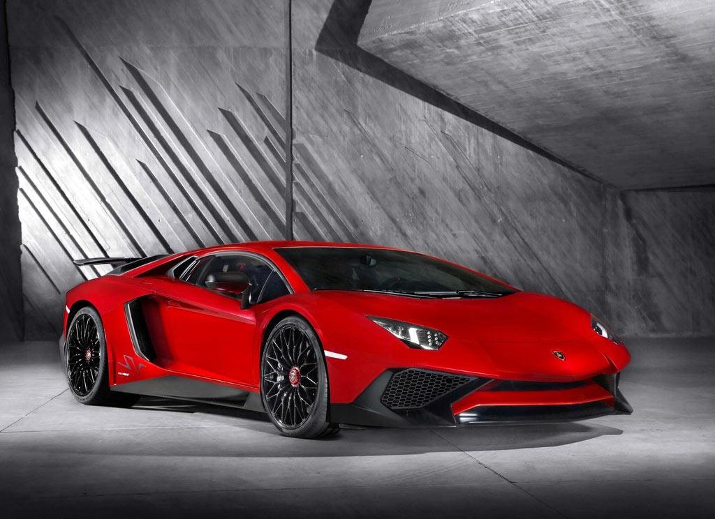 Lamborghini Aventador Lp750 4 Superveloce 2015 ราคา 38 500 000 บาท ลัมโบร์กินีอเวนทาดอร์ สเปค