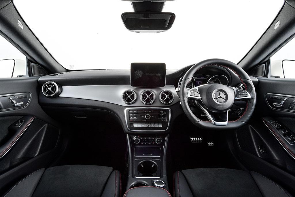 Mercedes Benz Cla Class Cla 250 Amg Dynamic 2017 ราคา