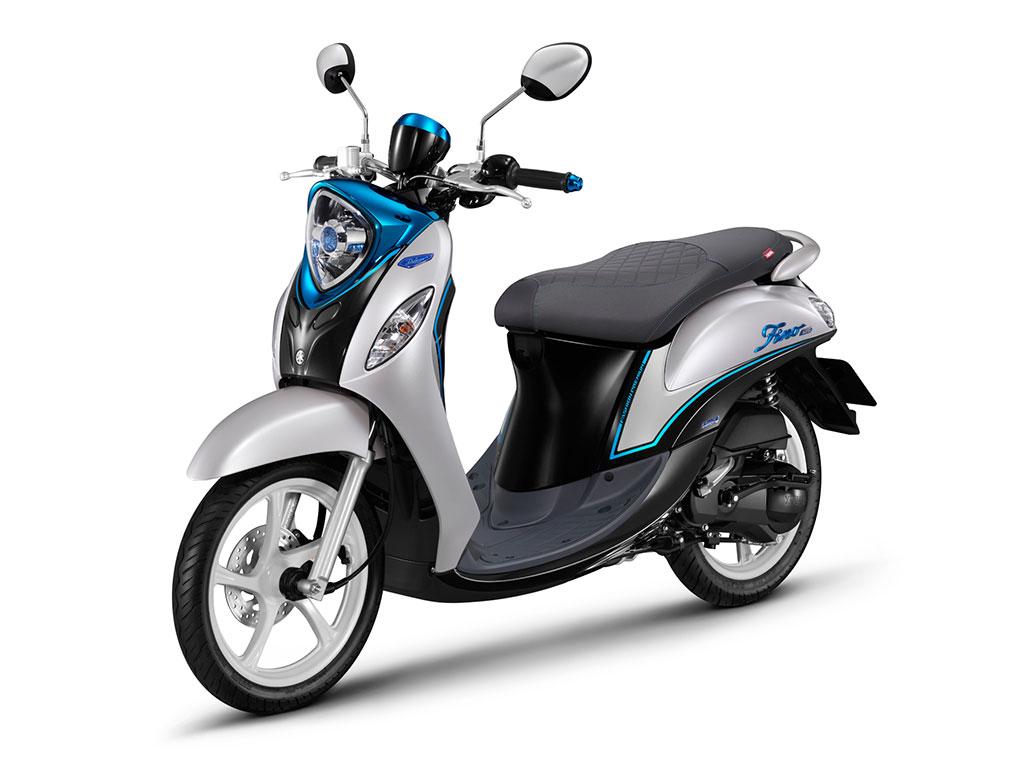 Blue Yamaha Motorcycle