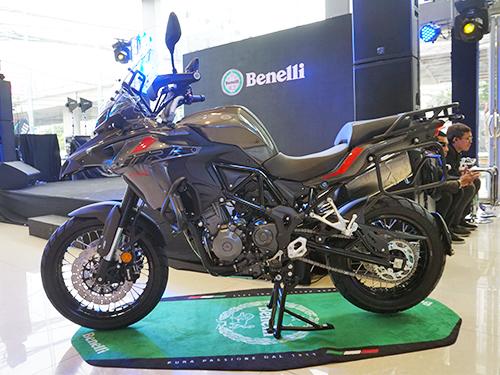 Benelli TRK 502 X ปี 2018 ราคา-สเปค-โปรโมชั่น