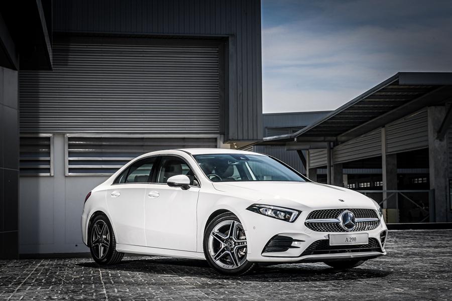 รถยนต์เมอร์เซเดส-เบนซ์ Mercedes-benz A-Class Logo