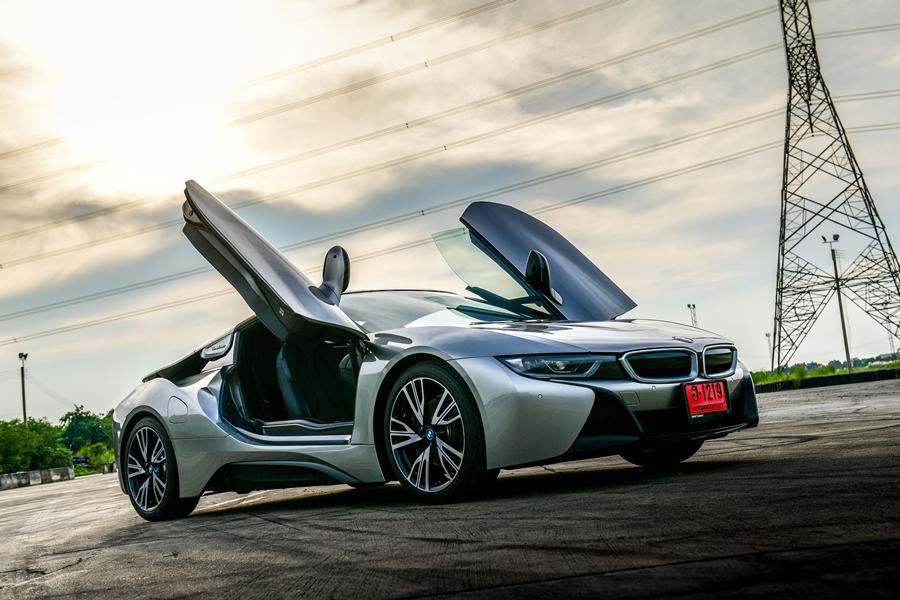 BMW i8 Roadster ปี 2018 ราคา-สเปค-โปรโมชั่น