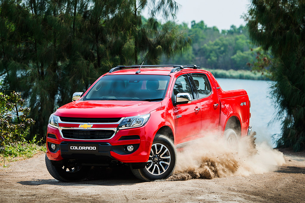 Chevrolet Colorado High Country 2.5 VGT 4X4 A/T ปี 2016 ราคา-สเปค-โปรโมชั่น