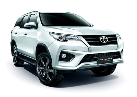 Toyota Fortuner 2.8 TRD Sportivo 2WD AT Black Top MY2018 ปี 2018 ราคา-สเปค-โปรโมชั่น