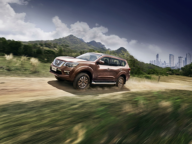 Nissan Terra 2.3 V 2WD 7AT 2018